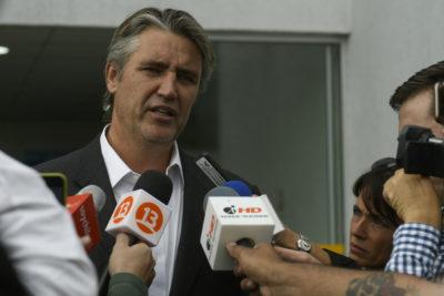 Grupo de inmigrantes de Tarapacá presentan querella contra Fulvio Rossi por incitación al odio