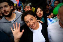 Beatriz Sánchez lidera las elecciones de chilenos en el extranjero, seguida por Alejandro Guillier