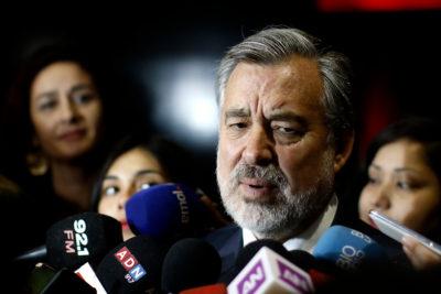 """Guillier descarta sumar ministros a comando: """"No me parece conveniente desmantelar al Gobierno"""""""
