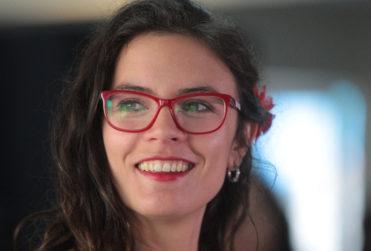 """Camila Vallejo no dudó en trollear a Piñera por su palabra """"oportunística"""" en el debate Anatel"""