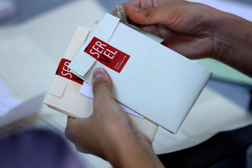 Piñera acusa fraude electoral: las dos denuncias conocidas en todo Chile