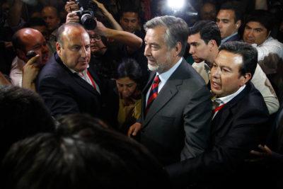 """Alejandro Guillier ya palpita la segunda vuelta: """"Hoy triunfó el futuro y no el pasado"""""""