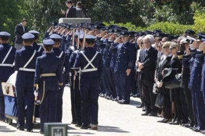Ángela Jeria estuvo presente en el funeral de Fernando Matthei