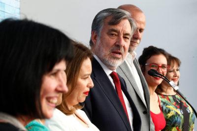 Guillier promete 900 mil puestos de trabajo… para los 600 mil desempleados en Chile