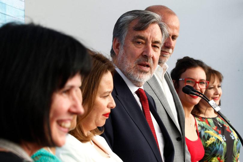 """Guillier tras postura del Frente Amplio: """"Uno espera en política que la gente tenga decisiones definidas"""""""