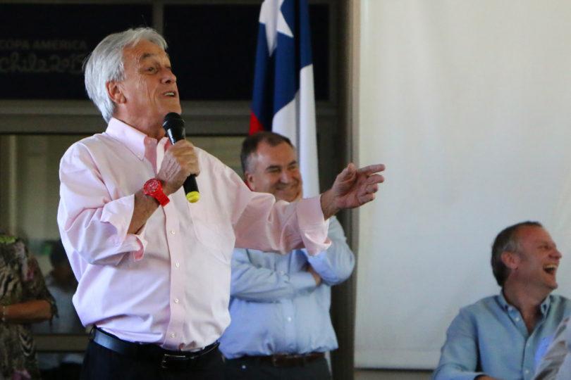"""Piñera imagina un gobierno de Guillier: """"La batuta la va a llevar el PC y ese camino ha llevado al desastre en el mundo"""""""