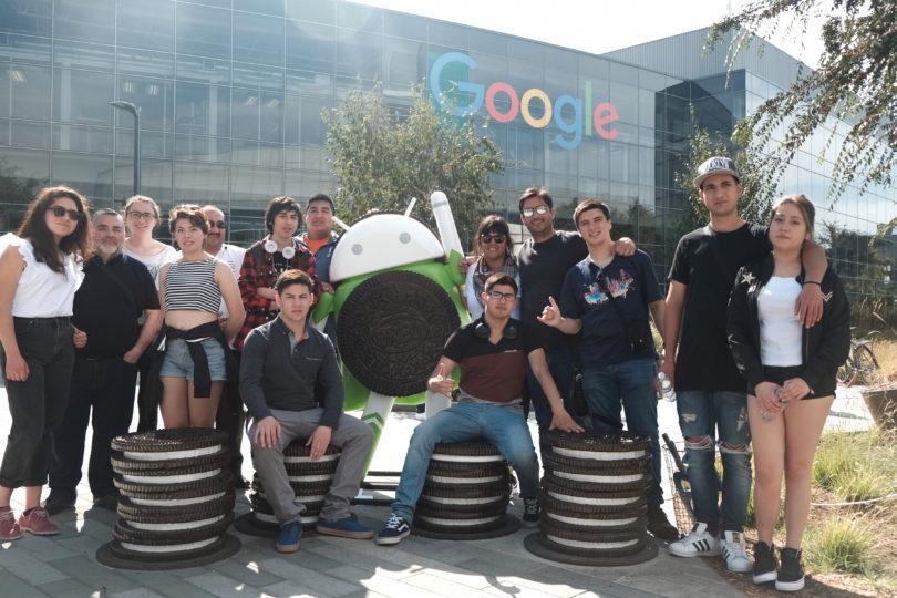 Estudiantes chilenos ganaron concurso para conocer instalaciones de Google en Sillicon Valley