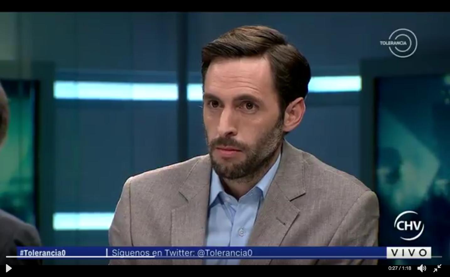 El desafío de Daniel Matamala a Chadwick por cuestionar entrevista a Piñera en Tolerancia 0