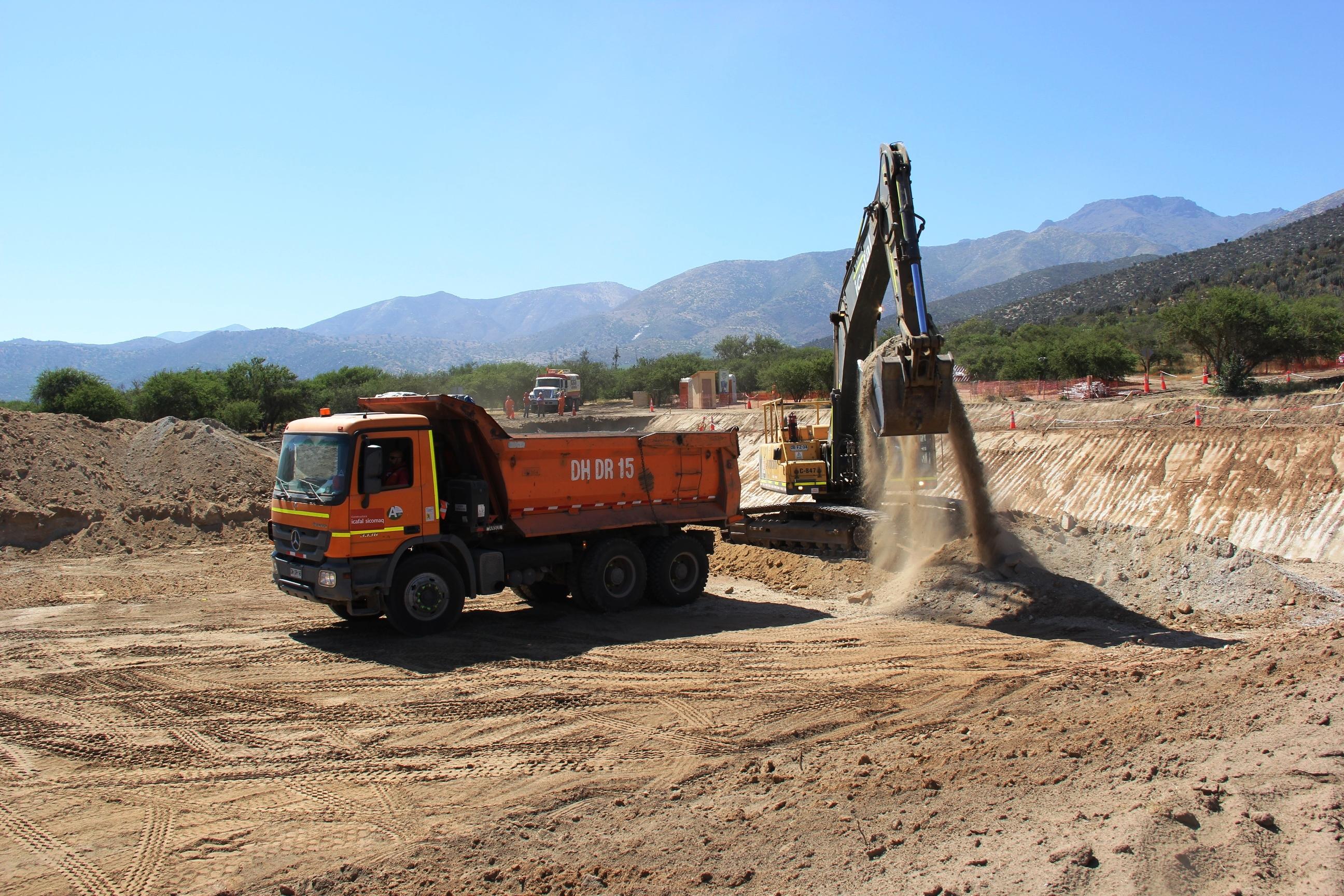 """""""Avanzan obras que optimizan disponibilidad de agua para los habitantes de Caimanes"""""""