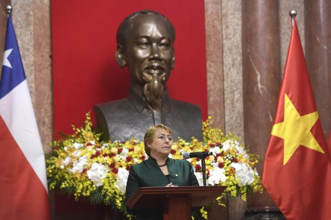 """""""Bachelet se declara fan de Ho Chi Mihn, fundador del Viet Cong:"""