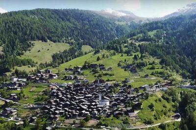 FOTOS |Gobierno de Suiza te paga 45 millones de pesos por vivir en pueblo ubicado en medio de los Alpes