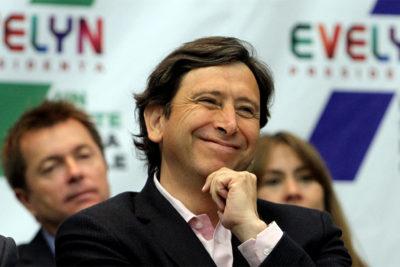 Golborne vuelve a la Mina San José para apoyar a candidatos de la UDI