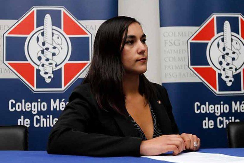 """Colegio Médico reconoce error en la muerte de Daniela Vargas: """"El soporte social lo debía brindar el Estado y fallamos"""""""