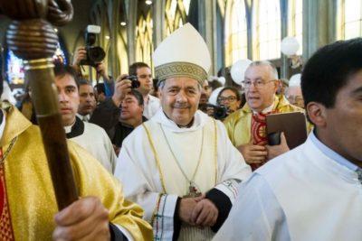 """Obispo Juan Barros se defiende: """"Se han dicho muchas mentiras respecto de lo mío"""""""