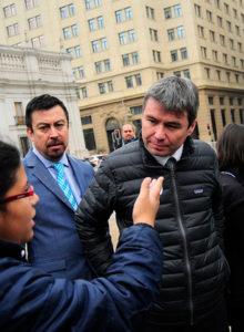 La pelea tuitera entre ex seremi de Transportes, el ministro del Medio Ambiente y su antecesor Pablo Badenier