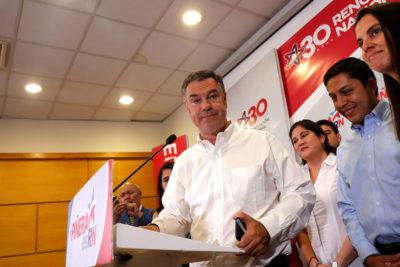 """Ossandón """"enmarca"""" compromisos de Piñera"""