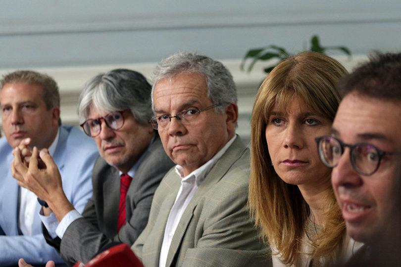 Disidencia DC pide renuncia de Goic y entrega respaldo sin condiciones a Guillier
