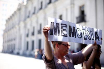 Proyecto de ley busca sancionar con cárcel a quienes nieguen crímenes cometidos en dictadura