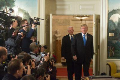 """Israel agradece a EE.UU. y nombrará """"Donald Trump"""" la estación de tren del Muro de los Lamentos"""