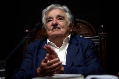 Pepe Mujica llega a Chile para sumarse a la campaña de Guillier