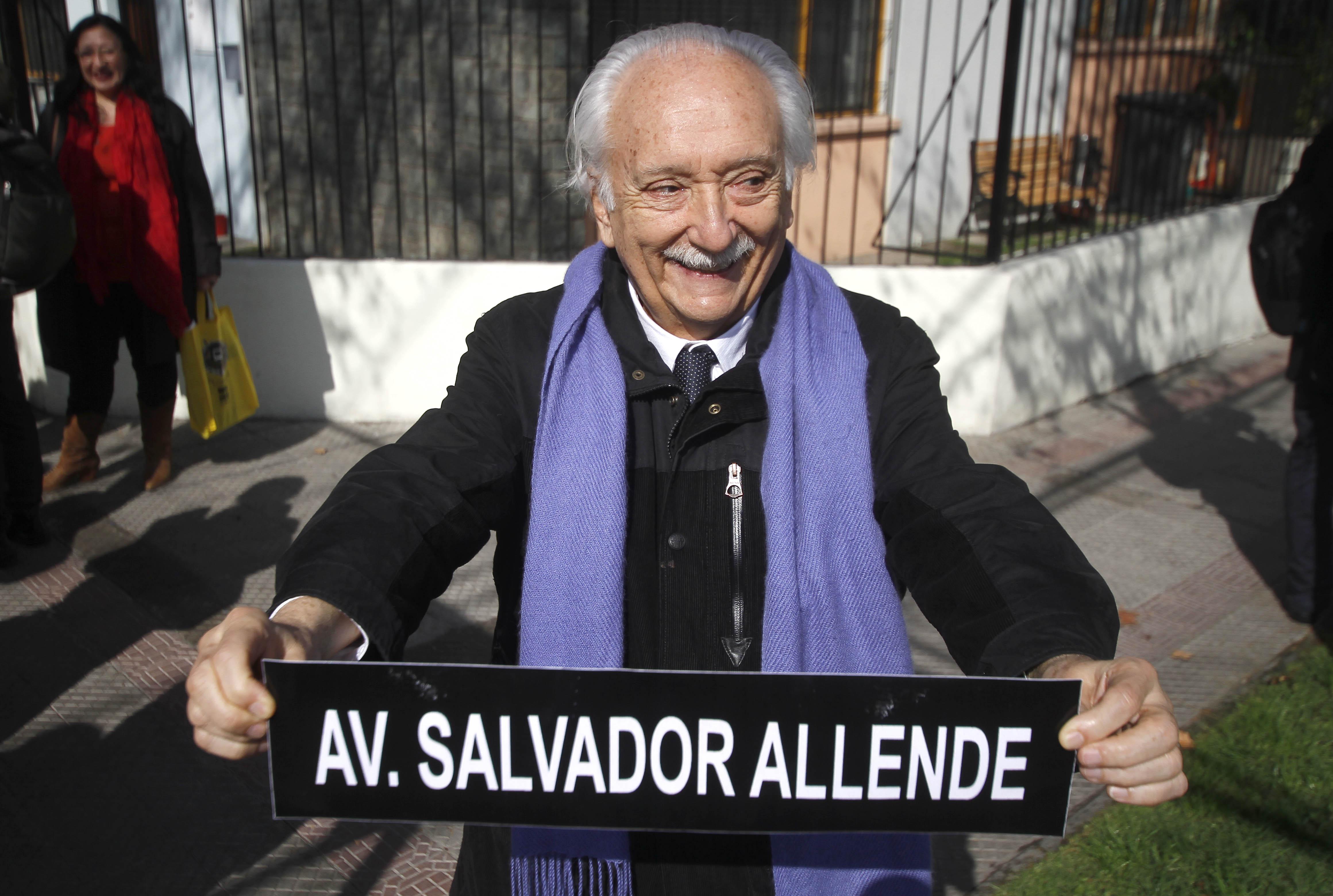 """""""Alguien me pregunta qué veo en Guillier…"""": Jorge Arrate lanza salvavidas de plomo al candidato"""