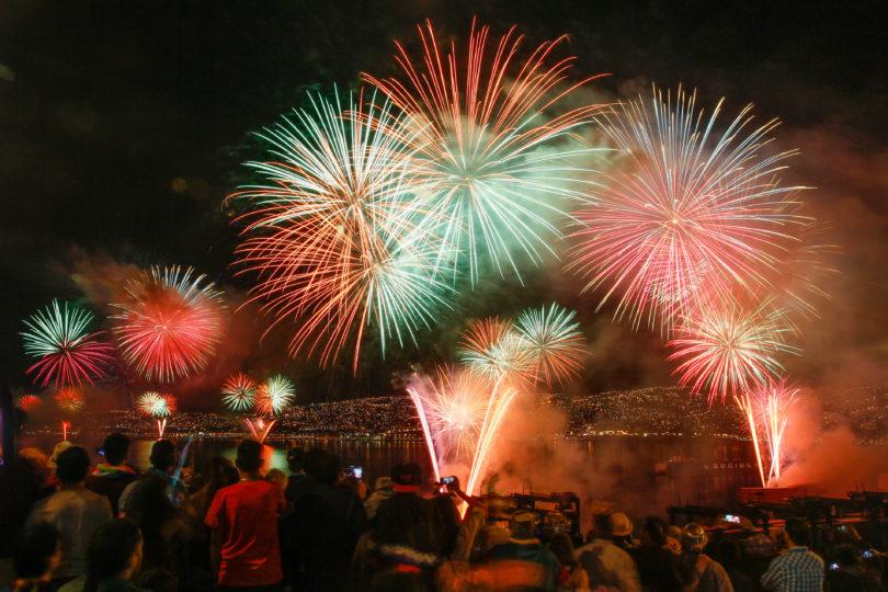 Fiesta De Ano Nuevo Los Show Pirotecnicos Mas Grandes Del Pais El