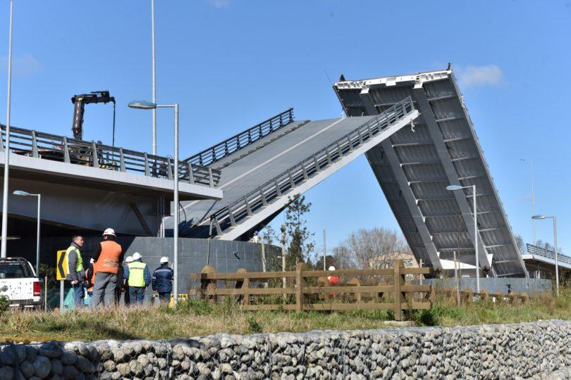 Informe final de perito señala que daños del Puente Cau-Cau son irreparables