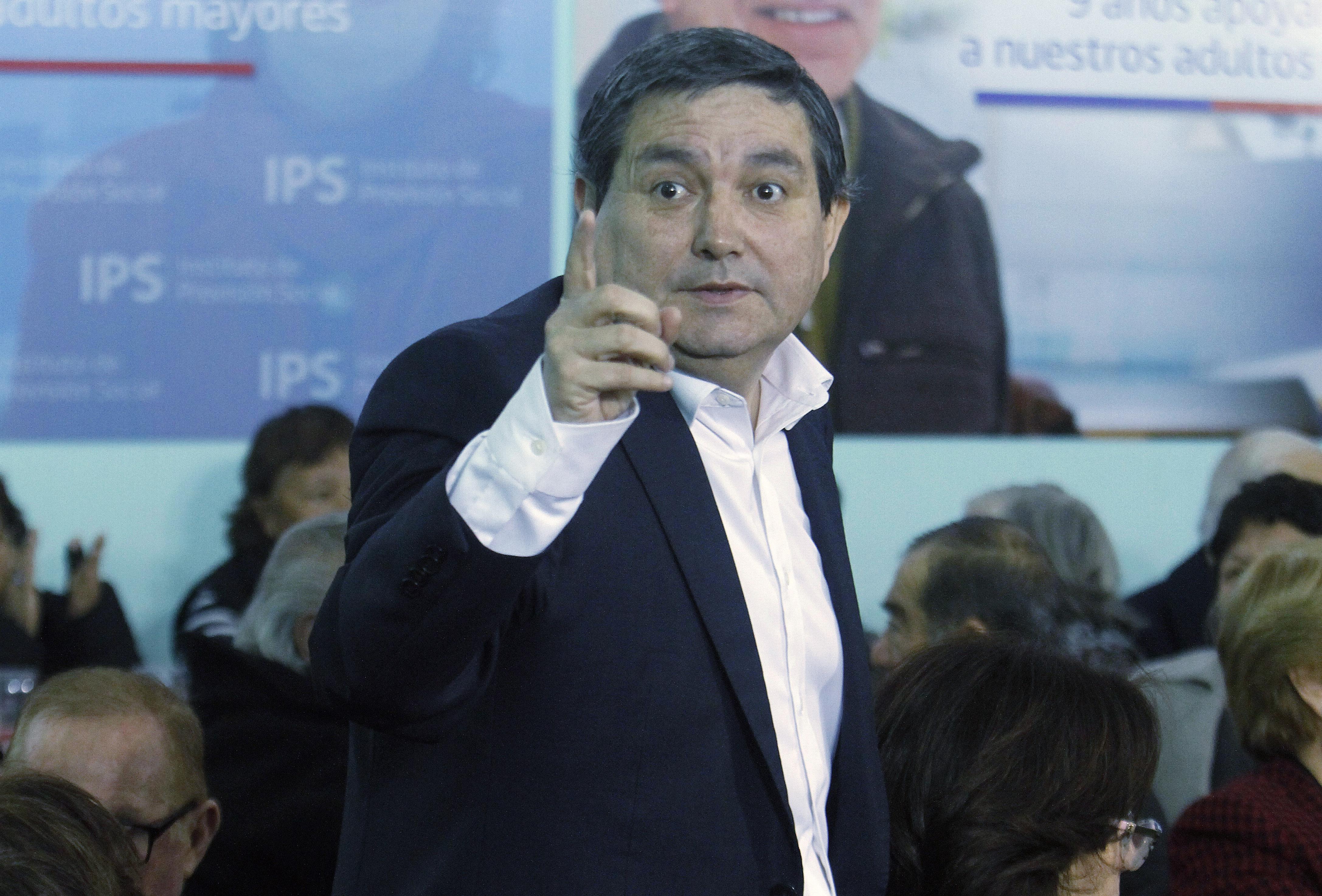 """""""Alcalde de San Ramón acusa complot liderado por Ricardo Solari y Camilo Escalona"""""""