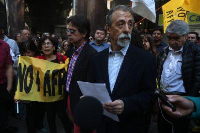 """Movimiento No + AFP responde a Eyzaguirre: """"El hambre es hoy el que están padeciendo las personas"""""""