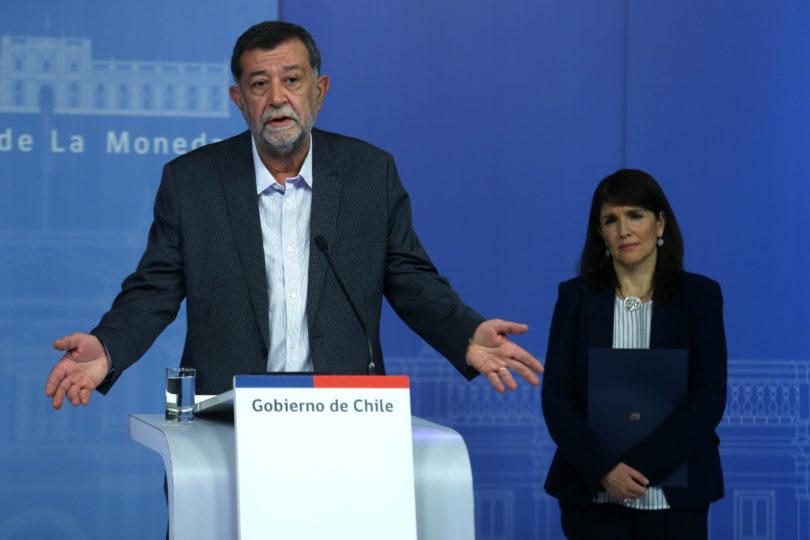 """Aleuy critica a Piñera por votos marcados: """"Es sordo a las críticas, poco amigo de la verdad"""""""