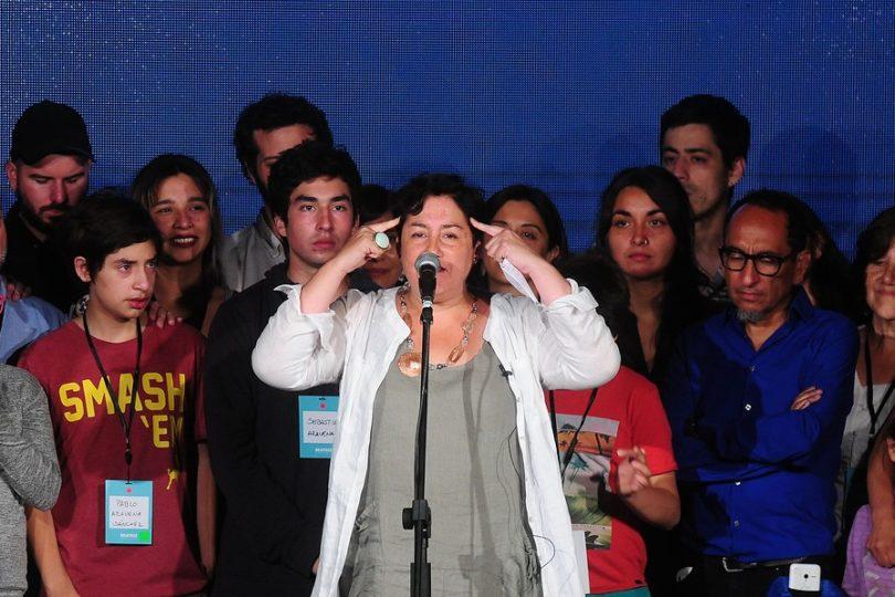 """Beatriz Sánchez responde Piñera: """"La ambición de poder no puede justificar faltarle el respeto a vocales"""""""