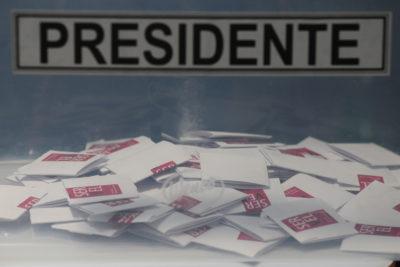 Segunda vuelta 2017: comienzan a cerrarse las mesas en todo el país y se inicia el recuento de votos