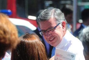 """Joaquín Lavín descarta la opción de ser intendente: """"Mi compromiso es con los vecinos"""""""