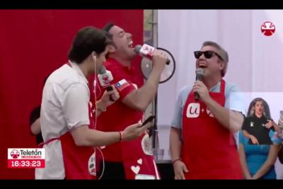 VIDEO |El efecto que produjo la risa de Pancho Saavedra y Viñuela en medio de la Teletón