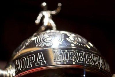 La dispar suerte de Colo Colo y Universidad de Chile en el sorteo de Copa Libertadores
