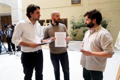 Diputados electos acusan a Boric, Jackson y Mirosevic de poner en riesgo la unidad del Frente Amplio