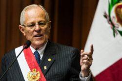 Pedro PabloKuczynski renuncia a la presidencia de Perú tras filtración de videos