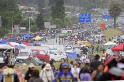 Peregrinación a Lo Vásquez: cierran Ruta 68 para impedir el paso de vehículos motorizados
