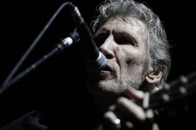 """Roger Waters en picada contra Spotify: """"Se ha transformado en una conspiración"""""""