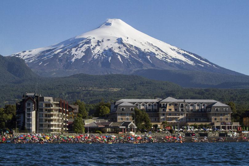 Aumenta actividad en volcán Villarrica: Sernageomin decreta alerta amarilla