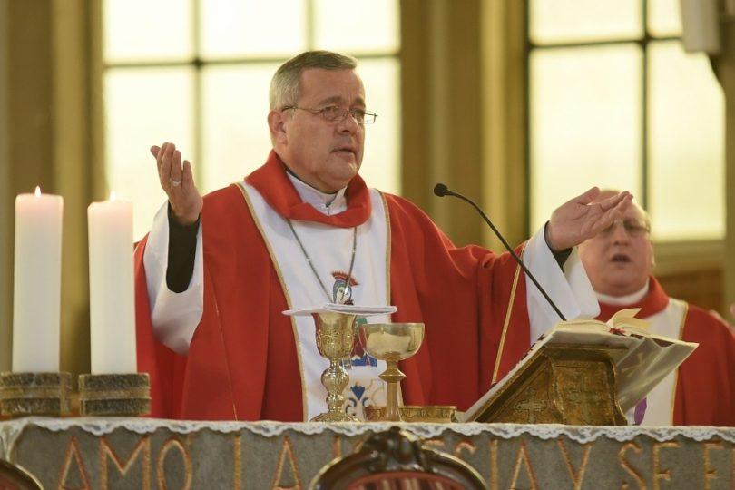 Vaticano analizó pedir la renuncia de Juan Barros en 2015 por sus vínculos con Karadima