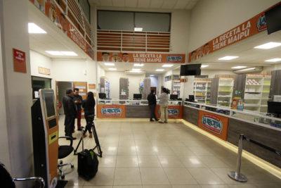 Municipios con farmacias populares deben más de $700 millones a Cenabast