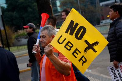Ley Uber: pedirán licencia profesional a conductores y parque vehicular limitado