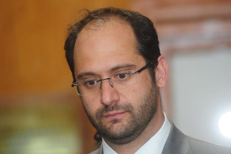 """Diputado UDI culpa al Gobierno de irregularidades cometidas en el Banco Mundial: """"Es responsabilidad del afectado"""""""