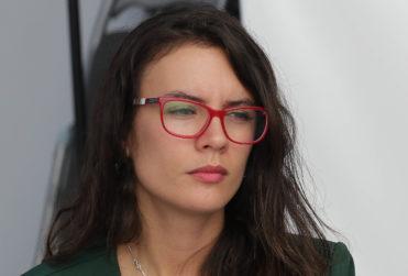 Kast y Urrutia rechazan proyecto que protege fuero maternal en Carabineros y Camila Vallejo les manda recado
