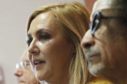 """""""Cuándo van a sacar sus potitos cómodos de ahí"""": reclamo de Pamela Jiles contra hombres del Frente Amplio"""