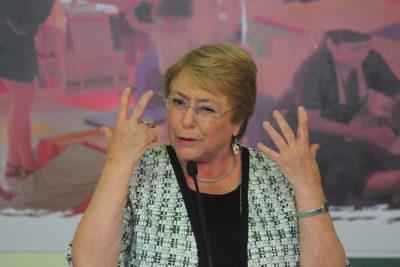 Gasto en funcionarios públicos aumenta un 25,6% en gobierno de Michelle Bachelet