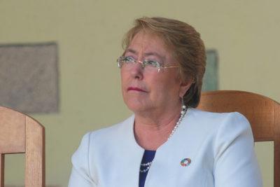 """Michelle Bachelet califica de """"muy preocupante"""" las irregularidades del Banco Mundial en ranking de competetividad"""