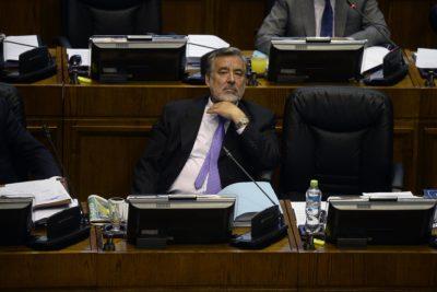 """Alejandro Guillier e irregularidades del Banco Mundial: """"Nuestro país merece más que disculpas en un diario"""""""
