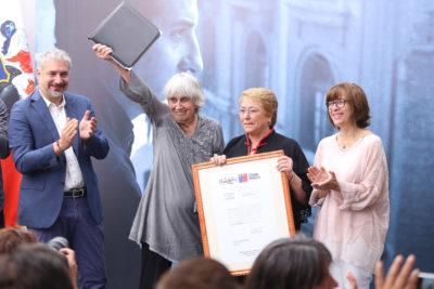 Presidenta Michelle Bachelet entrega inmueble fiscal a la Fundación Víctor Jara
